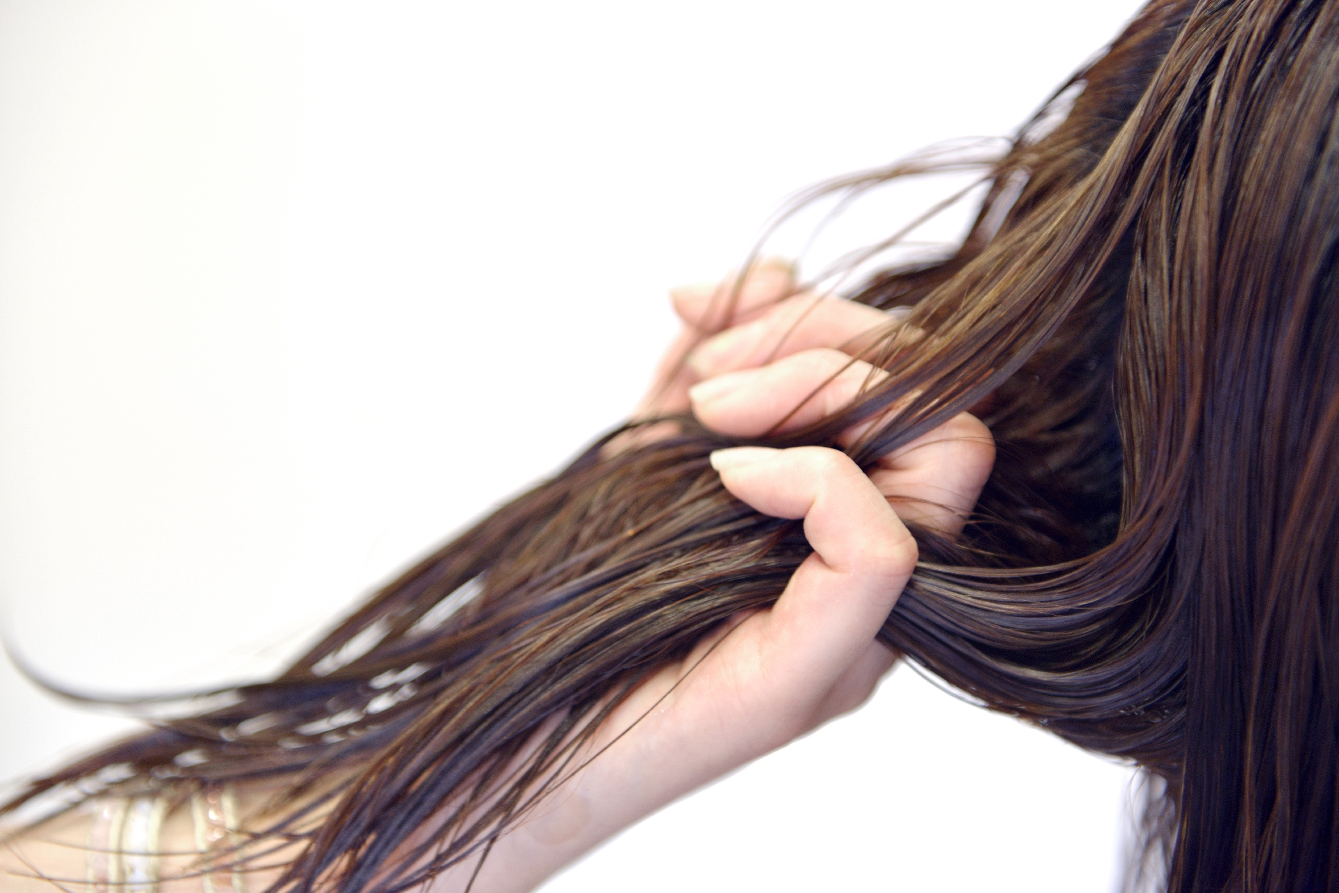 ごわごわする髪の毛